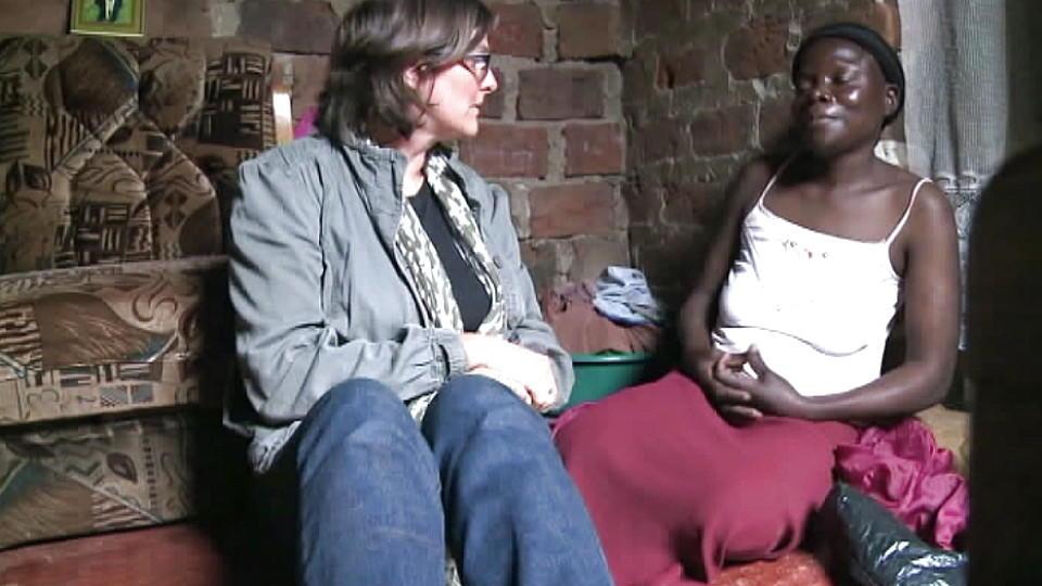sch nheitsideal in afrika heller ist sch ner und. Black Bedroom Furniture Sets. Home Design Ideas