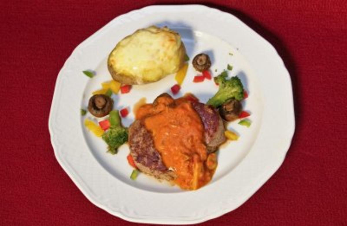 Rezept mit Bild: Rinderfilet mit Steinpilzpaprikasoe 