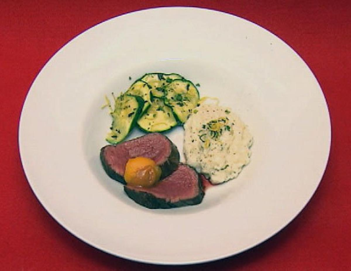 Rezept mit Bild: Lecker Fleisch mit Gedns - Rinderfilet mit Risotto und Zucchini 