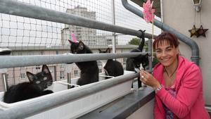 hundkatzemaus Diana Eichhorn macht den Balkon katzensicher